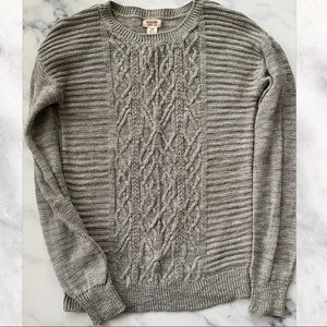 Mossimo Grey Long Sleeve Cable Knit Sweater Small